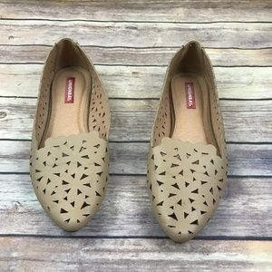 UnionBay Tan Lazer Cut Perforation Flat Shoes